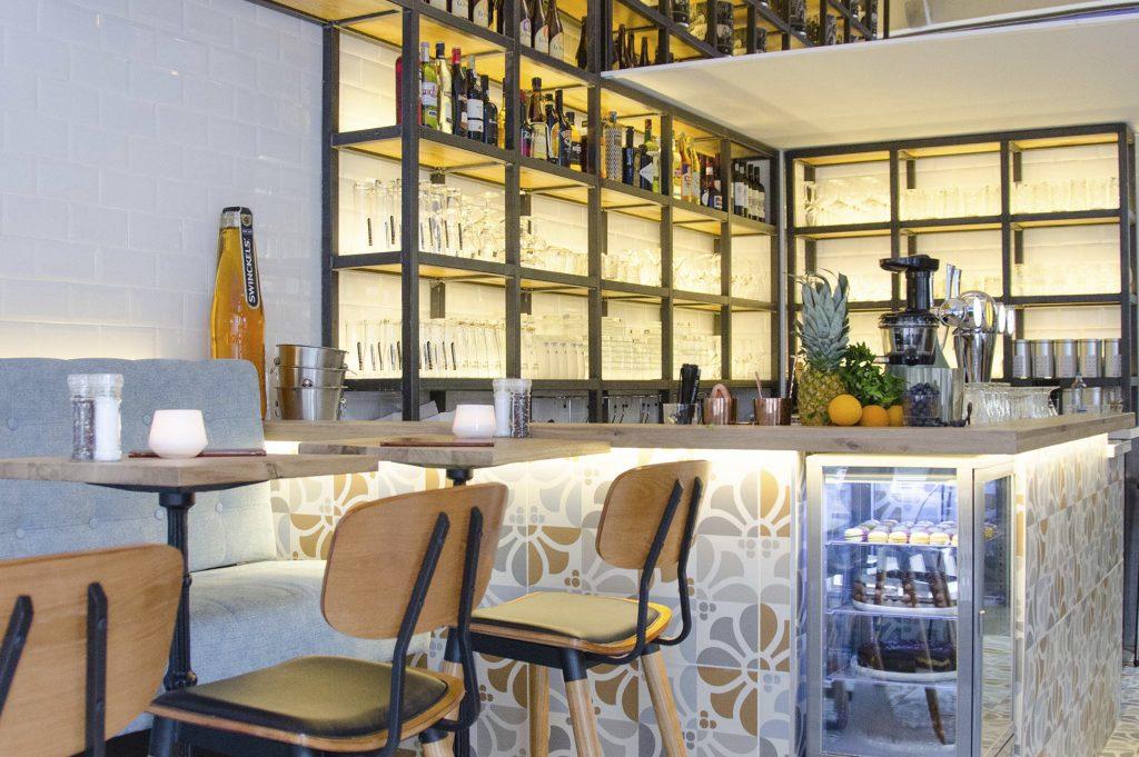 cocktailbar wijnbar unieke uitvoering hoog prijssegment