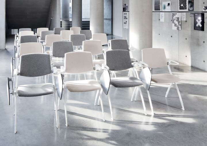 college stoel trainingsruimte conferentieruimte